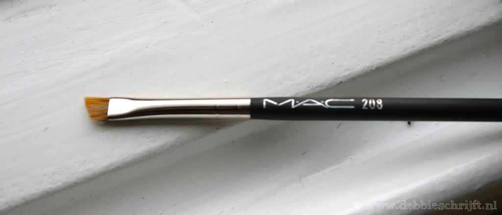 mac208