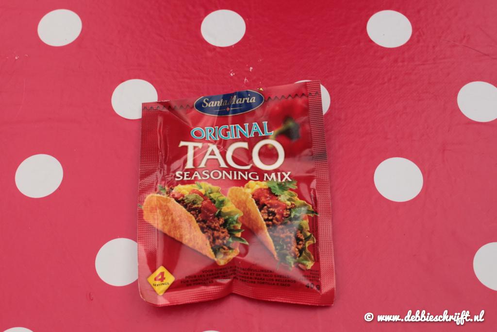 Natuurlijk was ik weer een ingrediënt vergeten te fotograferen: de Taco-kruiden!
