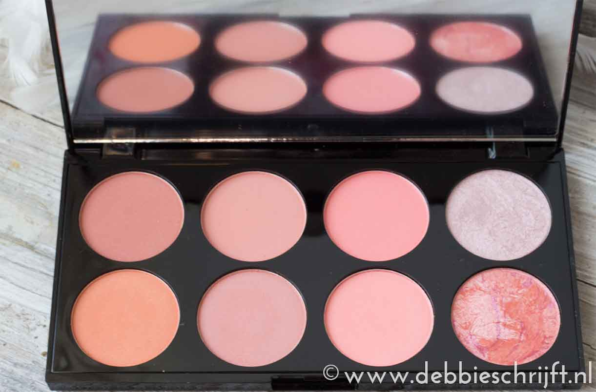 Review: Revolution blushes & highlighter| debbieschrijft.nl