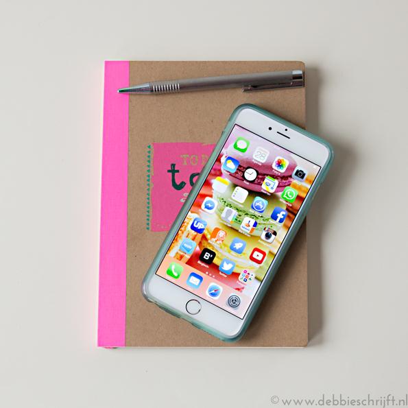 Notitieboek+open+telefoon_