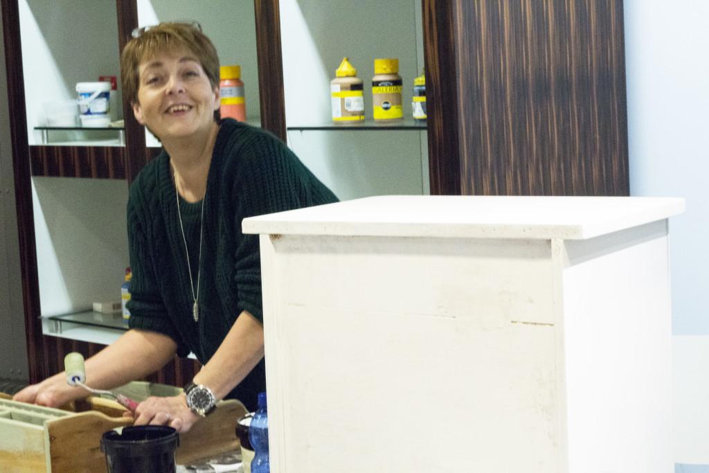 Workshop_Shabby_Chic_Boutique03_meubels_stylen_met_krijtverf_debbieschrijft.nl